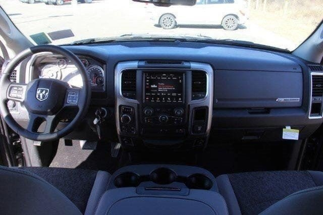 2018 Ram 1500 Crew Cab 4x4,  Pickup #L18D489 - photo 33