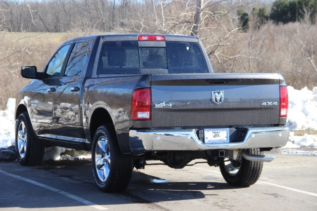 2018 Ram 1500 Crew Cab 4x4, Pickup #L18D489 - photo 6