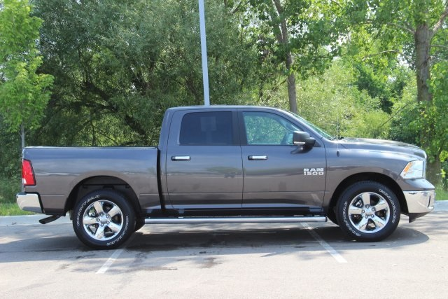 2018 Ram 1500 Crew Cab 4x4,  Pickup #L18D489 - photo 8