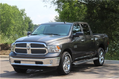 2018 Ram 1500 Crew Cab 4x4,  Pickup #L18D489 - photo 4