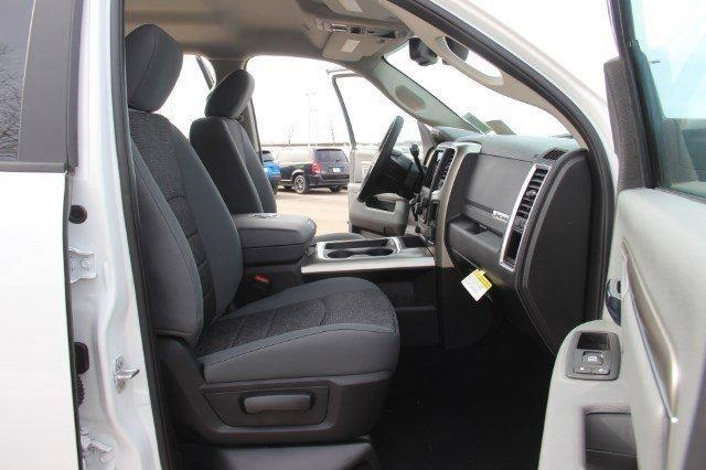 2018 Ram 2500 Crew Cab 4x4, Pickup #L18D545 - photo 28
