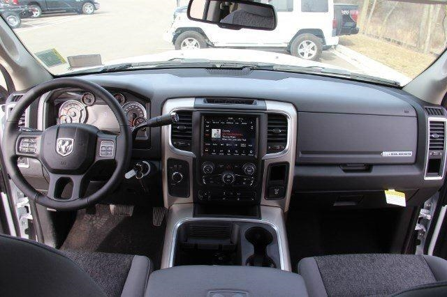 2018 Ram 2500 Crew Cab 4x4, Pickup #L18D545 - photo 33