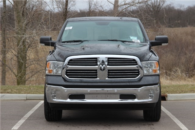 2018 Ram 1500 Crew Cab 4x4, Pickup #L18D579 - photo 20