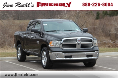 2018 Ram 1500 Crew Cab 4x4, Pickup #L18D579 - photo 1