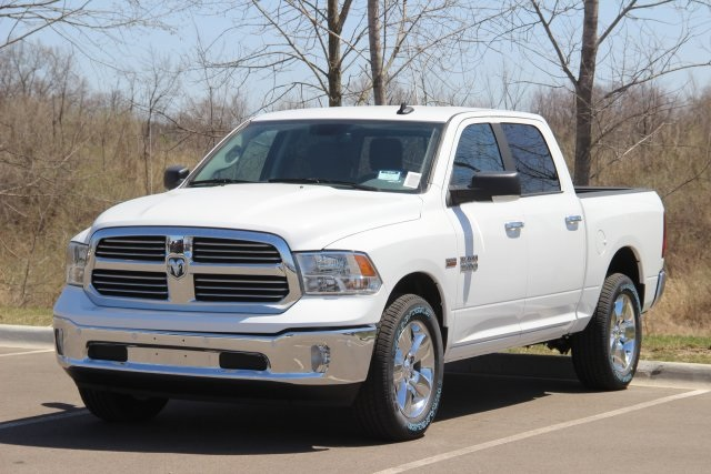 2018 Ram 1500 Crew Cab 4x4, Pickup #L18D591 - photo 4