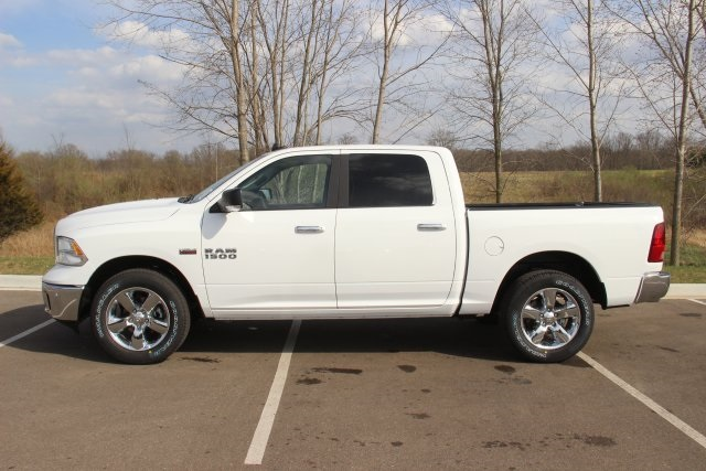 2018 Ram 1500 Crew Cab 4x4, Pickup #L18D597 - photo 5