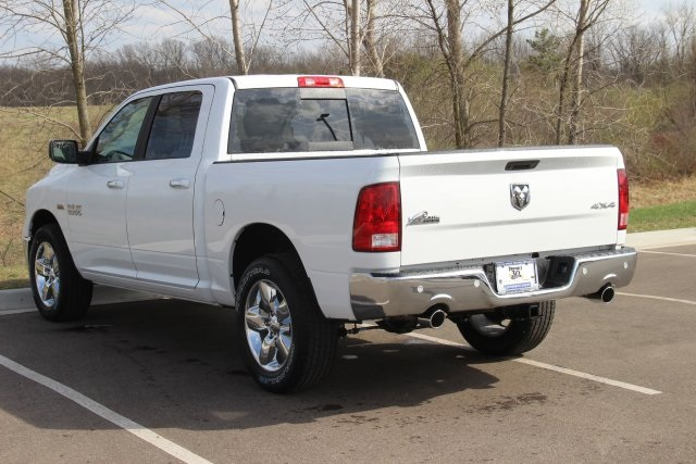 2018 Ram 1500 Crew Cab 4x4, Pickup #L18D597 - photo 6