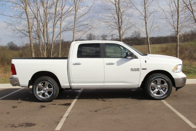 2018 Ram 1500 Crew Cab 4x4, Pickup #L18D597 - photo 8