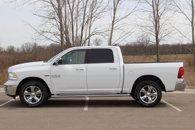 2018 Ram 1500 Crew Cab 4x4, Pickup #L18D608 - photo 5