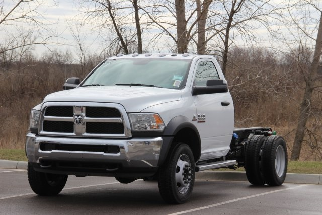 2018 Ram 5500 Regular Cab DRW 4x4,  Cab Chassis #L18D635 - photo 4