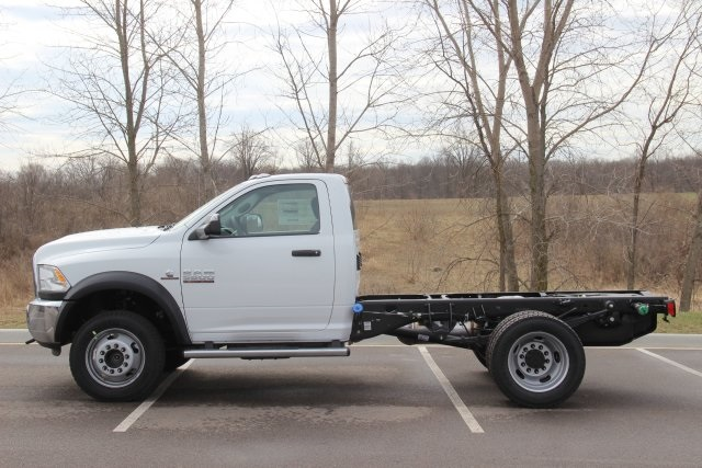 2018 Ram 5500 Regular Cab DRW 4x4,  Cab Chassis #L18D635 - photo 5