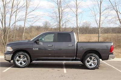 2018 Ram 1500 Crew Cab 4x4, Pickup #L18D638 - photo 5