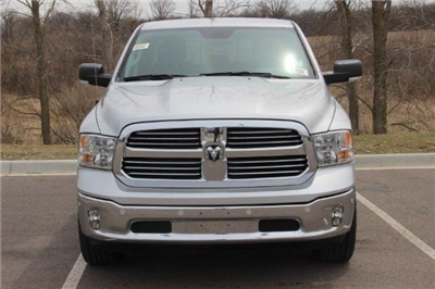 2018 Ram 1500 Quad Cab 4x4,  Pickup #L18D676 - photo 18