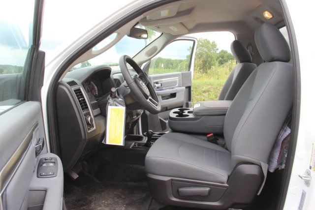 2018 Ram 5500 Regular Cab DRW 4x4,  Cab Chassis #L18D757 - photo 9