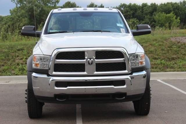 2018 Ram 5500 Regular Cab DRW 4x4,  Cab Chassis #L18D757 - photo 3