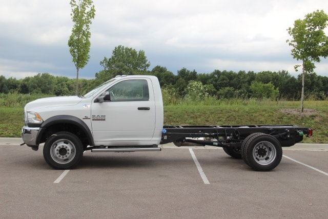 2018 Ram 5500 Regular Cab DRW 4x4,  Cab Chassis #L18D757 - photo 4