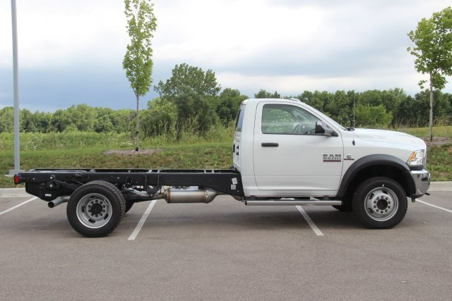 2018 Ram 5500 Regular Cab DRW 4x4,  Cab Chassis #L18D757 - photo 7