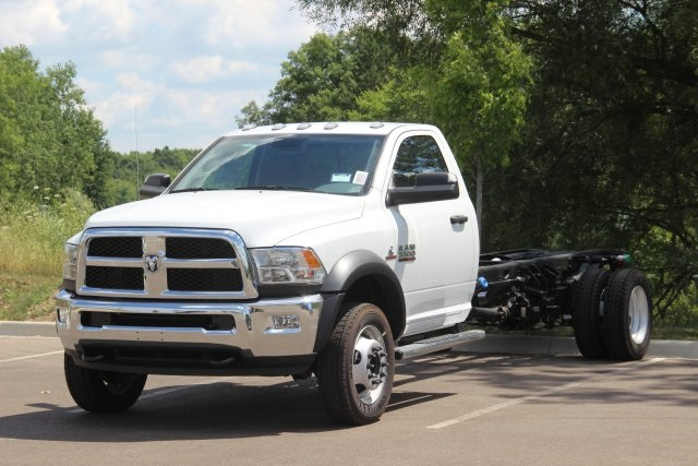 2018 Ram 5500 Regular Cab DRW 4x2,  Cab Chassis #L18D807 - photo 4