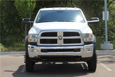 2018 Ram 5500 Regular Cab DRW 4x2,  Cab Chassis #L18D807 - photo 3