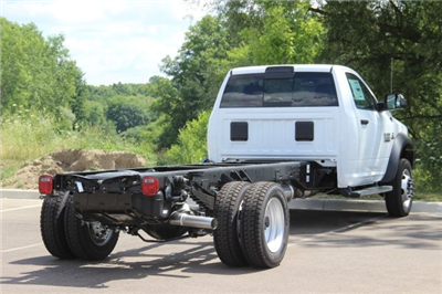2018 Ram 5500 Regular Cab DRW 4x2,  Cab Chassis #L18D807 - photo 2