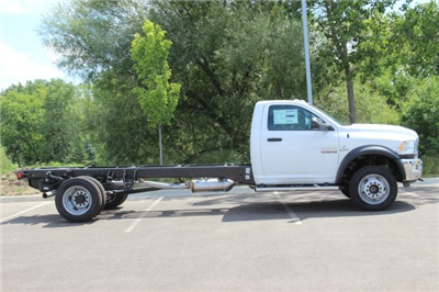 2018 Ram 5500 Regular Cab DRW 4x2,  Cab Chassis #L18D807 - photo 8