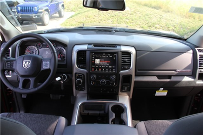 2018 Ram 1500 Crew Cab 4x4,  Pickup #L18D852 - photo 16