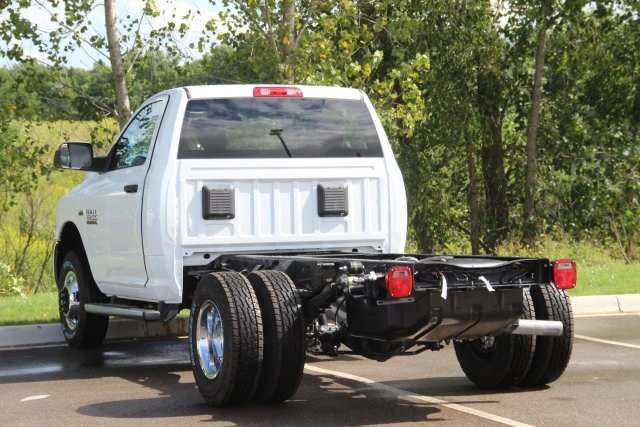 2018 Ram 3500 Regular Cab DRW 4x4,  Cab Chassis #L18D913 - photo 6