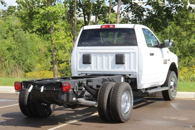 2018 Ram 3500 Regular Cab DRW 4x4,  Cab Chassis #L18D913 - photo 2