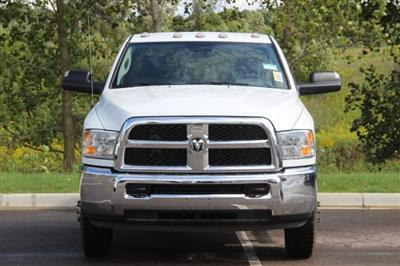 2018 Ram 3500 Regular Cab DRW 4x4,  Cab Chassis #L18D913 - photo 3