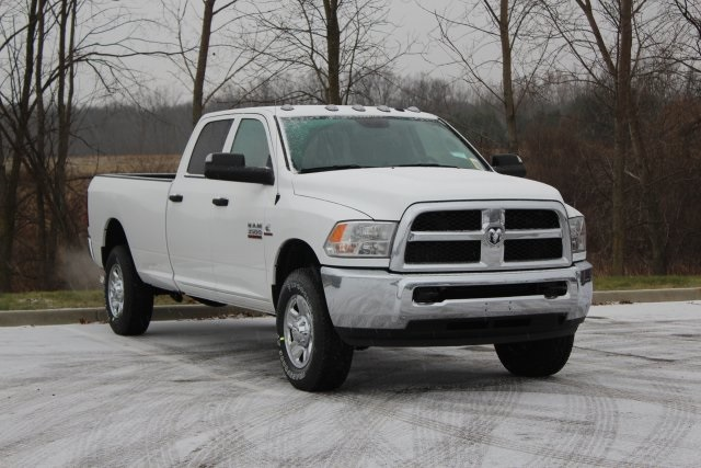 2018 Ram 3500 Crew Cab 4x4,  Pickup #L18D939 - photo 1