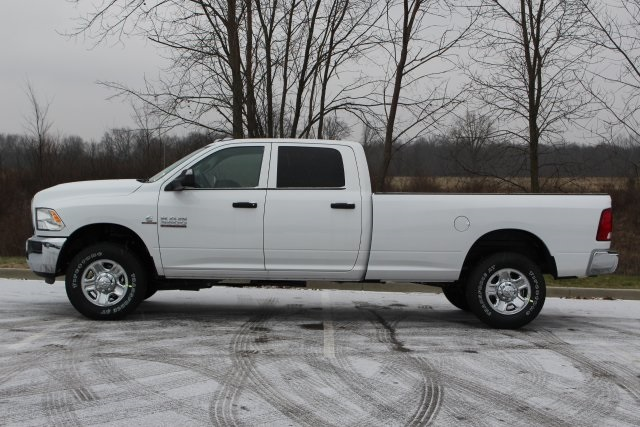 2018 Ram 3500 Crew Cab 4x4,  Pickup #L18D939 - photo 5