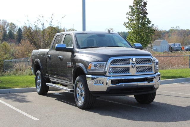 2018 Ram 2500 Crew Cab 4x4,  Pickup #L18D943 - photo 3