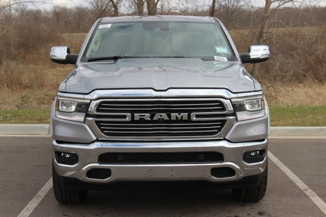 2019 Ram 1500 Crew Cab 4x4,  Pickup #L19D002 - photo 3