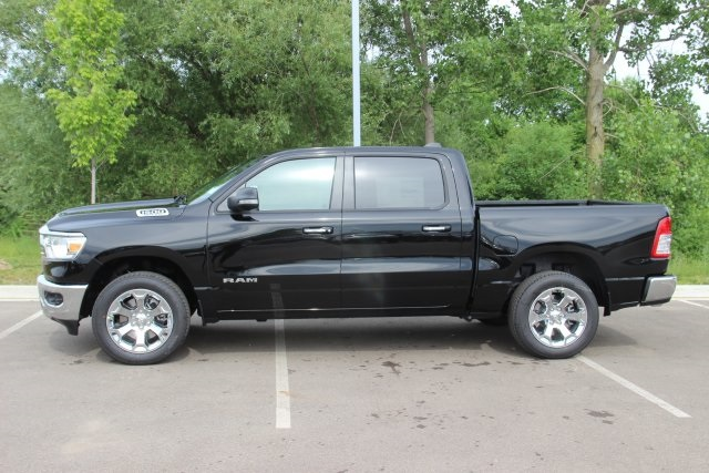 2019 Ram 1500 Crew Cab 4x4,  Pickup #L19D040 - photo 5