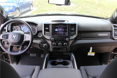 2019 Ram 1500 Crew Cab 4x4,  Pickup #L19D066 - photo 16