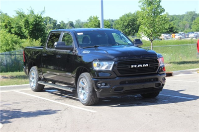 2019 Ram 1500 Crew Cab 4x4,  Pickup #L19D070 - photo 3