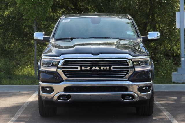 2019 Ram 1500 Crew Cab 4x4,  Pickup #L19D075 - photo 3