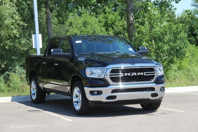 2019 Ram 1500 Crew Cab 4x4,  Pickup #L19D077 - photo 3