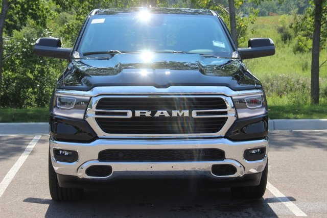 2019 Ram 1500 Crew Cab 4x4,  Pickup #L19D146 - photo 3