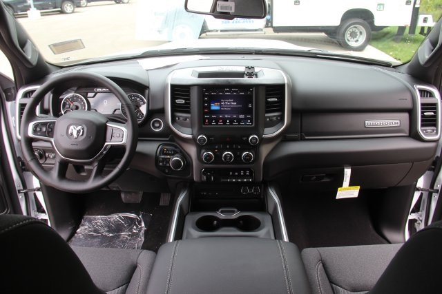 2019 Ram 1500 Crew Cab 4x4,  Pickup #L19D169 - photo 16