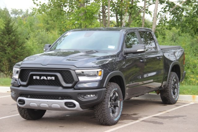 2019 Ram 1500 Crew Cab 4x4,  Pickup #L19D178 - photo 4