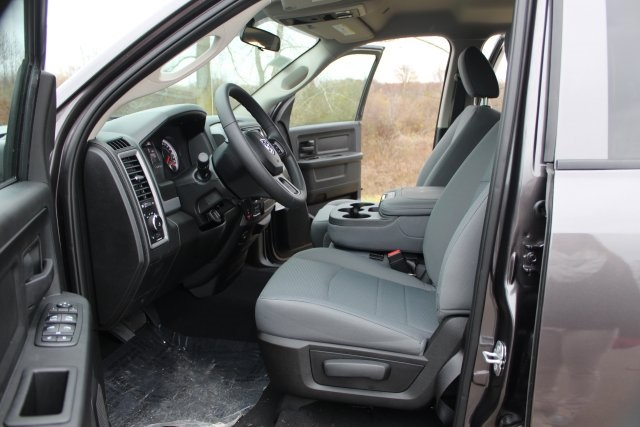 2019 Ram 1500 Quad Cab 4x4,  Pickup #L19D288 - photo 10