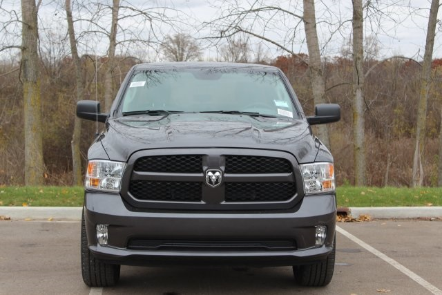 2019 Ram 1500 Quad Cab 4x4,  Pickup #L19D288 - photo 3