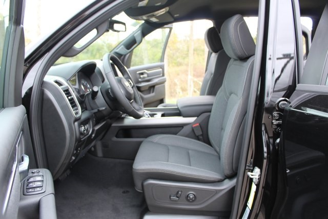 2019 Ram 1500 Crew Cab 4x4,  Pickup #L19D301 - photo 10