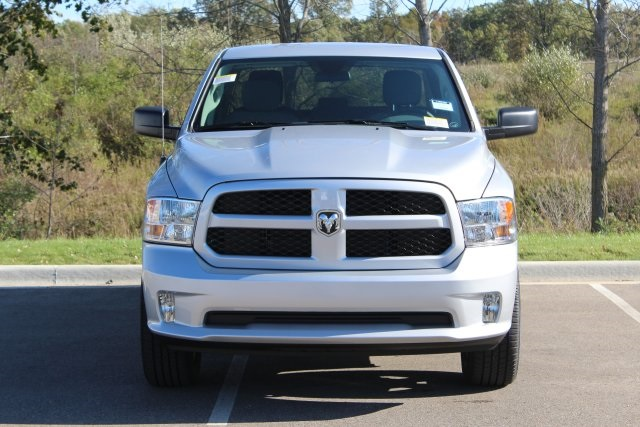 2019 Ram 1500 Quad Cab 4x4,  Pickup #L19D309 - photo 4