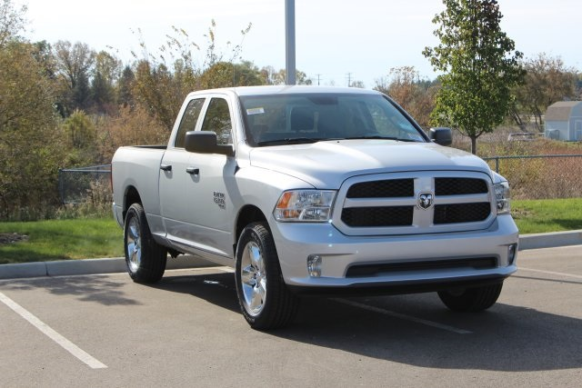 2019 Ram 1500 Quad Cab 4x4,  Pickup #L19D331 - photo 3