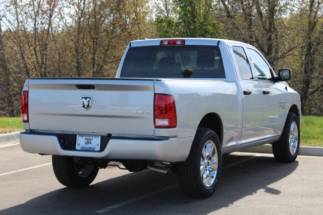 2019 Ram 1500 Quad Cab 4x4,  Pickup #L19D331 - photo 7