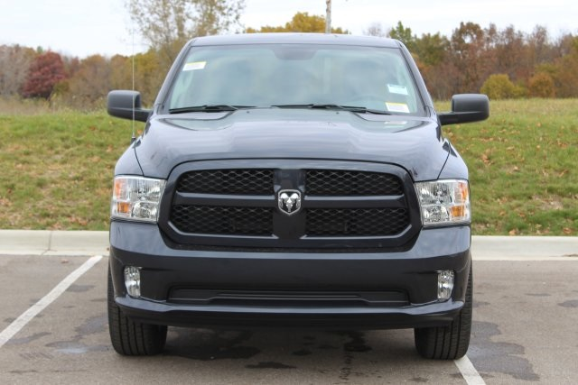 2019 Ram 1500 Quad Cab 4x4,  Pickup #L19D343 - photo 3