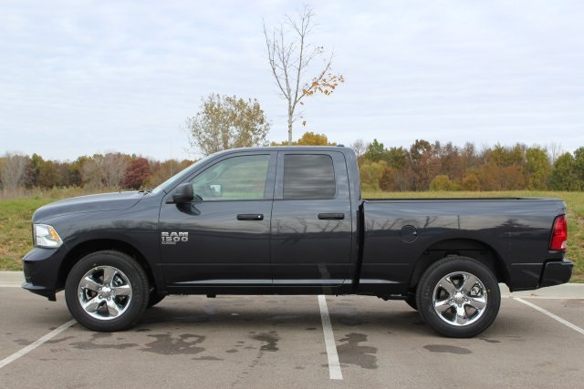 2019 Ram 1500 Quad Cab 4x4,  Pickup #L19D343 - photo 5