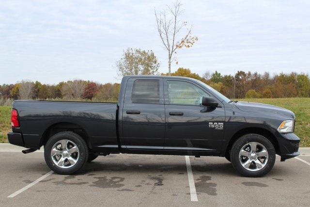 2019 Ram 1500 Quad Cab 4x4,  Pickup #L19D343 - photo 8